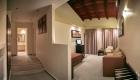 r-suite1-night-1